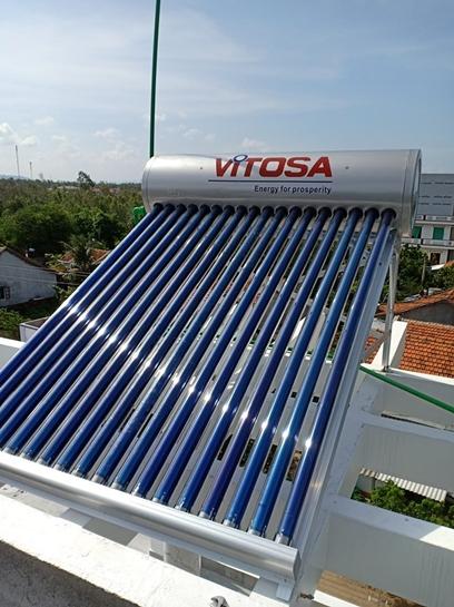 Lắp đặt máy nước nóng năng lượng Sơn Hòa - Phú Yên