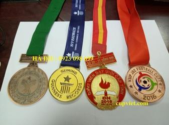 Bán huy chương, làm huy chương quà tăng, sản xuất huy chương giải thưởng