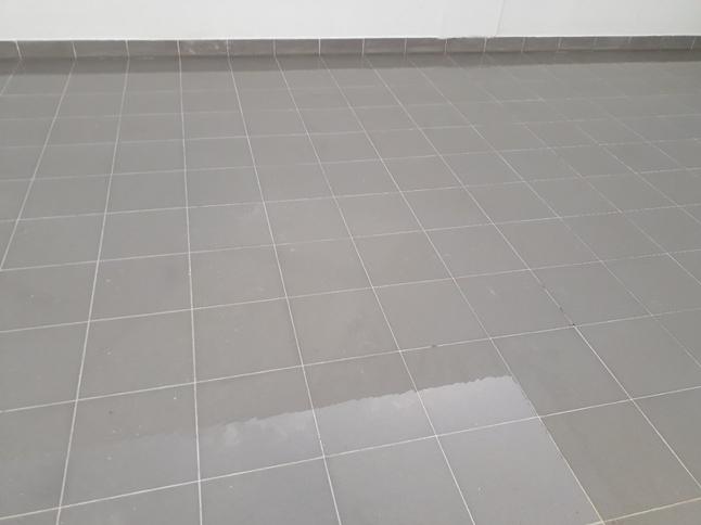 sàn nhà sau khi vệ sinh tại phú yên